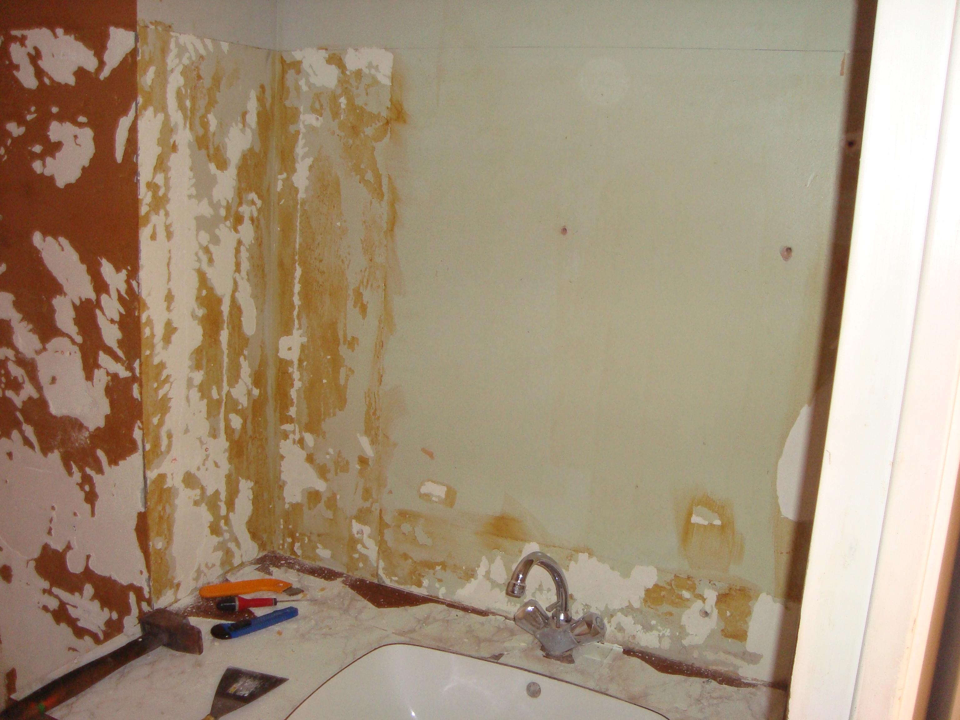R novation d un appartement la salle de bain - Comment enlever des traces de colle ...