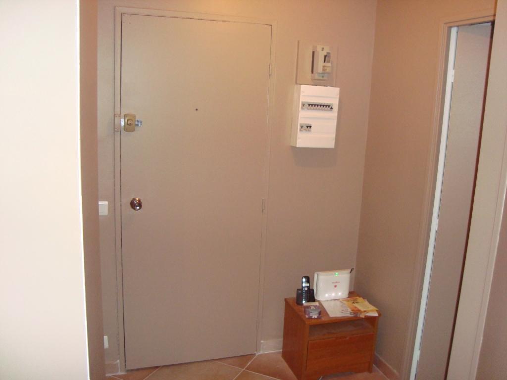 R novation d un appartement entree couloir - Couleur couloir appartement ...
